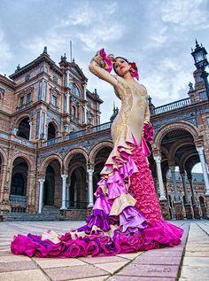 Seville, Spain...Flamenco dancer in the Plaza de Espana (where Star Wars was filmed!) #travel