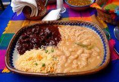 Asado Zacatecano ~ El asado de boda (carne de puerco) sigue siendo el manjar que acompaña muchas celebraciónes en algunos pueblos y regiones de Zacatecas, como XV años, bodas y bautizos