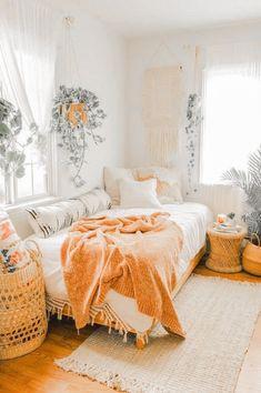 Boho Bedroom Decor, Room Ideas Bedroom, Boho Room, Bedroom Inspo, Bright Bedroom Ideas, Bedroom Designs, Cute Bedroom Ideas, Small Bed Room Ideas, Small Bedroom Inspiration