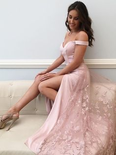 Prom Dress Princess, Off Shoulder Prom Dress, Sexy A Line Prom Dresses, 2018 Split Slit Evening Party Dress Shop ball gown prom dresses and gowns and become a princess on prom night. prom ball gowns in every size, from juniors to plus size. Pageant Dresses For Teens, Prom Dresses Long Pink, Elegant Bridesmaid Dresses, Sexy Dresses, A Line Prom Dresses, Tulle Prom Dress, Cheap Prom Dresses, Homecoming Dresses, Beautiful Dresses