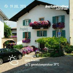 Montan in sudtirol, bloemenpracht.