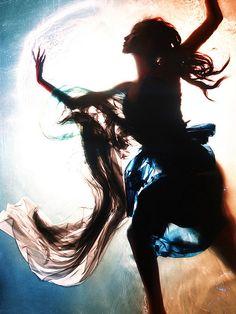 Cycle 10 - Fuerzabruta: Fatima Fatima Siad, John Bell, Water Shoot, Great America, America's Next Top Model, Underwater Photography, Underwater Art, Underwater Photoshoot, Everything