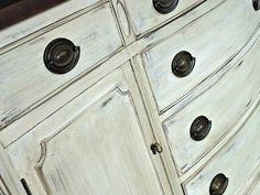 annie sloan white bath | Annie Sloan Chalk Paint in Old White with Dark Wax