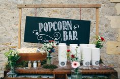 awesome Must See: Fun and Trend Popcorn Bar Wedding Nontraditional Wedding, Rustic Wedding, Wedding Desserts, Wedding Decorations, Wedding Events, Our Wedding, Wedding Ceremonies, Movie Wedding, 2017 Wedding