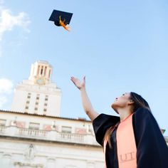 From this angle the cap really feels like it's in flight in this great grad photo. Photo Credit: Tara Welch Photography