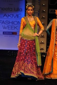 Neeta Lulla at Lakme Fashion Week Winter Festive 2012  (12)