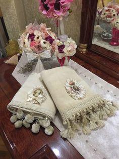 Havlu Potholder Patterns, Crochet Potholders, Crochet Hammock, Crochet Projects, Sewing Projects, Vintage Baptism, Diy Cushion, Towel Crafts, Linens And Lace