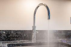 Quooker Boiling Tap in Chrome. Boiling hot water instantly Blue Pearl Granite, Printed Glass Splashbacks, Kitchen Showroom, Real Kitchen, Kitchen Views, Green Furniture, Shaker Kitchen, Kitchen Cabinetry, White Quartz