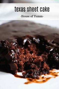 Texas Sheet Cake - House of Yumm Brownie brownie sheet cake Chocolate Filling For Cake, Best Chocolate Cake, Chocolate Icing, Chocolate Flavors, Chocolate Recipes, Chocolate Chip Cookies, Chocolate Heaven, Chocolate Milkshake, Healthy Chocolate