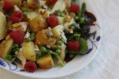 Chicken and hazelnut salad