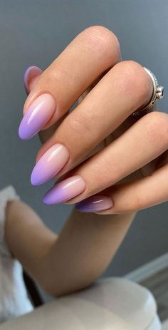 Almond Acrylic Nails, Summer Acrylic Nails, Best Acrylic Nails, Pastel Nails, Purple Ombre Nails, Almond Nail Art, Spring Nails, Light Purple Nails, Classy Almond Nails