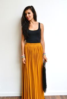 Maxi jupe longue jaune moutarde en jersey fluide, droite, plissée, taille haute élastique style bohème chic : Jupe par menina-for-mathis