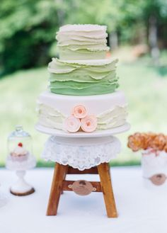Ombré green wedding cake