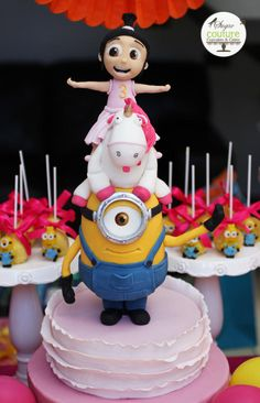 Minions cake  by SugarCoutureCR