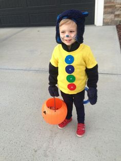 35 Of the Best Ideas for Pete the Cat Costume Diy . Wear this Meme-inspired costume to your Halloween party to really see who's hip as well as cool. Themed Halloween Costumes, Cat Costumes, Halloween Outfits, Toddler Cat Costume, Pete The Cat Costume, Homemade Halloween, Easy Halloween, Halloween Party, Book Character Day