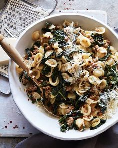 Sausage and Leek Orecchiette. This Sausage and Leek Orecchiette is loaded with kale tons of leeks a bit of savory sausage cheese red pepper flakes and more! Sausage Recipes, Pork Recipes, Pasta Recipes, Dinner Recipes, Cooking Recipes, Yummy Recipes, Recipe Pasta, Free Recipes, Pizza