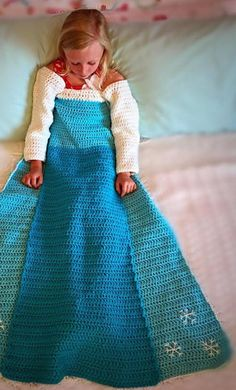 Crochet Patterns: Anna and Elsa Blankets