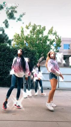 Hip Hop Dance Videos, Dance Moms Videos, Dance Music Videos, Dance Choreography Videos, Dance Moms Girls, Teen Celebrities, Celebs, Cool Dance Moves, Crazy Things To Do With Friends