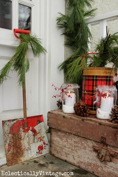 My very vintage winter porch diy and crafts Tartan Christmas, Christmas Porch, Country Christmas, Outdoor Christmas, Winter Christmas, Vintage Christmas, Christmas Holidays, Christmas Crafts, Christmas Decorations