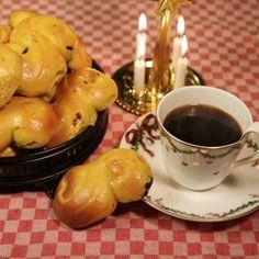 Bästa receptet på saffransbullar - Recept - Mitt Kök Pretzel Bites, Tart, French Toast, Goodies, Pudding, Sweets, Bread, Fruit, Breakfast
