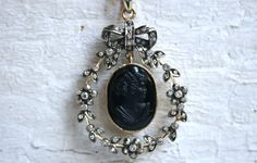 Hey, I found this really awesome Etsy listing at https://www.etsy.com/listing/291914367/antique-victorian-mourning-18k-yellow