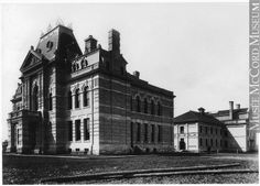 VIEW-1421   Court House and Provincial jail, Winnipeg, MB, 1884 ...