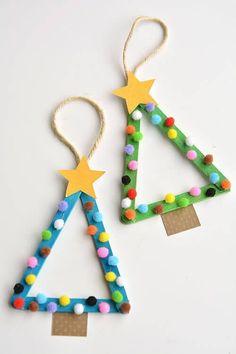 Décorations d'arbre de Noël bricolage avec des enfants Artisanat coloré et heureux fait de bâtons de glace ...,
