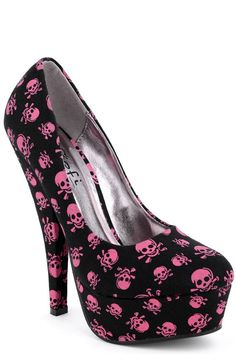 Black Stiletto Shoes with Pink Skulls Size 3 - ☠Totenköpfe☠ - Dream Shoes, Crazy Shoes, Me Too Shoes, Black Stilettos, High Heels, Stiletto Shoes, Shoes Heels, Pink Shoes, Heeled Boots