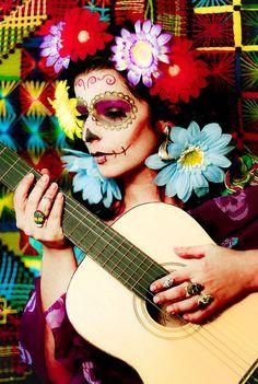 día de los muertos by Lili da Rocha, via Flickr