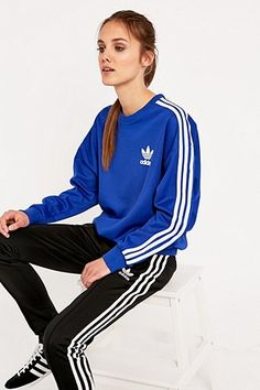 adidas Classic Blue Sweatshirt Sweat Adidas Femme, Tenue De Sport Femme,  Veste Nike Femme 25b781ca5468