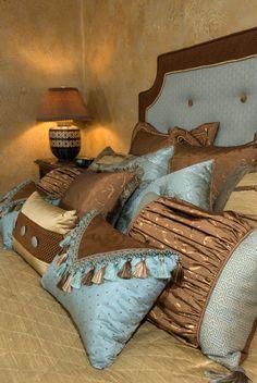 blue n brown bedroom- love the walls too!