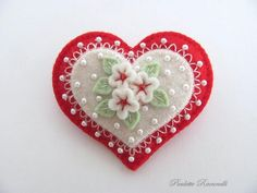 Felt Heart Pin by Beedeebabee on Etsy