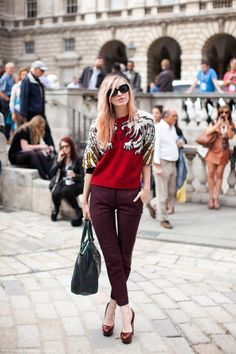 Just purchased Maroon skinny pants...love the all red ensemble....