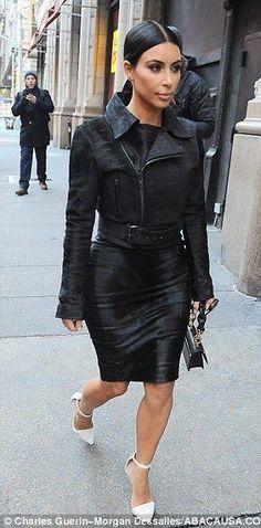 Kim Kardashian reveals her new look for 2015 - Celebrity Street Style