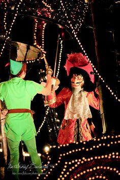 Peter Pan and Hook - Tokyo Disneyland