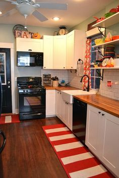 Kitchen renovation by newlywoodwards, via Flickr
