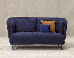 Naam: The Obi sofa. Merk: Sancal. De inspiratie voor deze bank was de Japanse Kimono. De bank is voorzien van een gewatteerde stof.