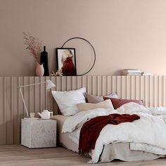 For en drøm av et soverom Vi elsker den nye og enda mattere LADY Pure Color, og spesielt den vakre LADY 10580 Soft Skin på veggen! Dere er så flinke, altså Jotun LADY – vi gleder oss til å samarbeide med dere på neste messe! #inspirasjon #oslodesignfair