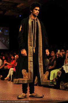 Black and gold sherwani by Shantanu Goenka at Lakme Fashion Week (LFW) Winter/Festive 2013