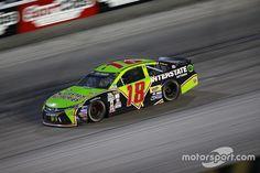 Kyle Busch, Joe Gibbs Racing Toyota Darlington Throwback scheme 2016