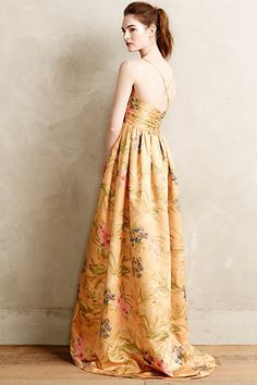 Savan Jacquard Gown by James Coviello would make stunning bridesmaid gowns. Long Bridesmaid Dresses, Prom Dresses, Bridesmaids, Strapless Dress, Fiestas Party, Floral Gown, Frack, Mode Inspiration, Dress Me Up