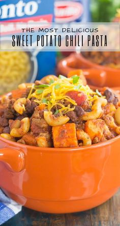 This Sweet Potato Chili Pasta is a one pot dish that's packed with the warm and comforting flavors of the season. Hearty, thick, and filled with sweet potatoes, Healthy Food Swaps, Healthy Food Alternatives, Healthy Food Options, Healthy Foods To Eat, Healthy Recipes, Sweet Potato Pasta, Sweet Potato Chili, Sweet Potato Recipes, One Pot Dishes