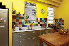 Cocina colorida. Trucos para optimizar el espacio en tu cocina - Gustavo Peláez - ESPACIO LIVING