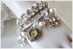 repurposed jewelry pinterest | Visit whathappensnext.typepad.com