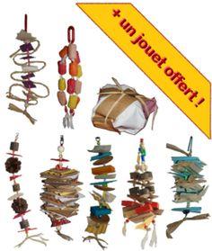 Jouets destructibles pour perroquets - Destructible toys for parrots Boutique, Triangle, Parrots, Christmas Ornaments, Toys, Holiday Decor, Budgie Toys, Gaming, Budgies