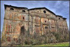 """""""Villa Abbandonata Nelle Campagne Emiliane -- [Italian translate: *Abandoned Mansion in the Countryside of Emilia, Italy*]~[Photograph by L e l e (Raffaele Preti) - March 20 2010]'h4d-281.2013'"""