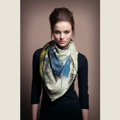 Scarf Landscape Print II by Larogy Effortless Chic, Style And Grace, Well Dressed Men, Dress Me Up, Her Style, Bunt, Cool Outfits, Street Style, Style Inspiration
