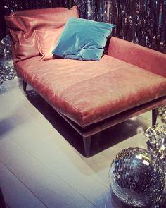 #fuorisalone2016 #fuorisalone #milandesignweek #furniture #interiorsdesign #mdw2016 #isaloni #Salonedelmobile #abitacolointerni