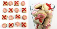 Adorable mini-sugar cookie recipe.