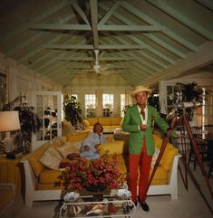 Hope & W. Clifford Klenk, 1968 {photo :: Slim Aarons}
